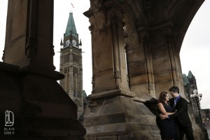 downtown-engagement-portraits (6)