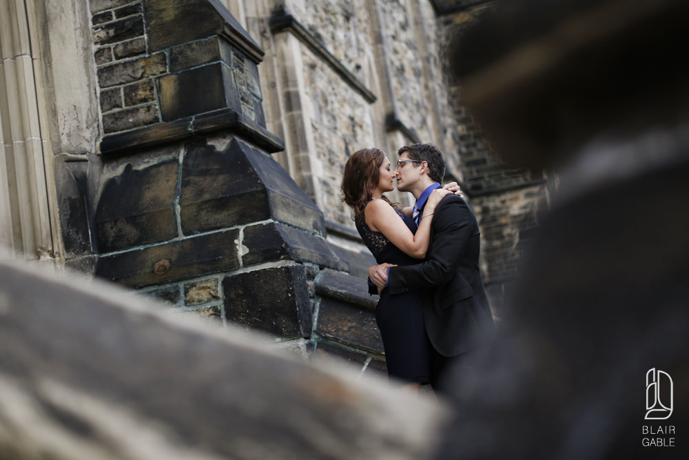 downtown-engagement-portraits (1)