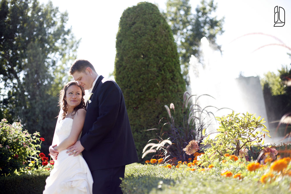 Wedding of Bonnie MacPherson and Justin Miller at the Parkwood Gardens in Oshawa