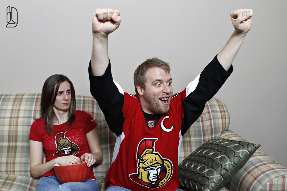 Engagement session Ottawa Senators fans with Meagan and Dan